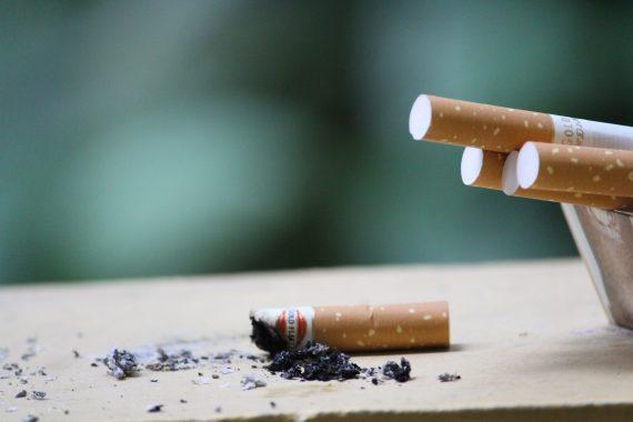 Откажи-цигарите-захар-никотин